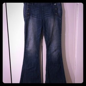High waisted bellbottom jeans